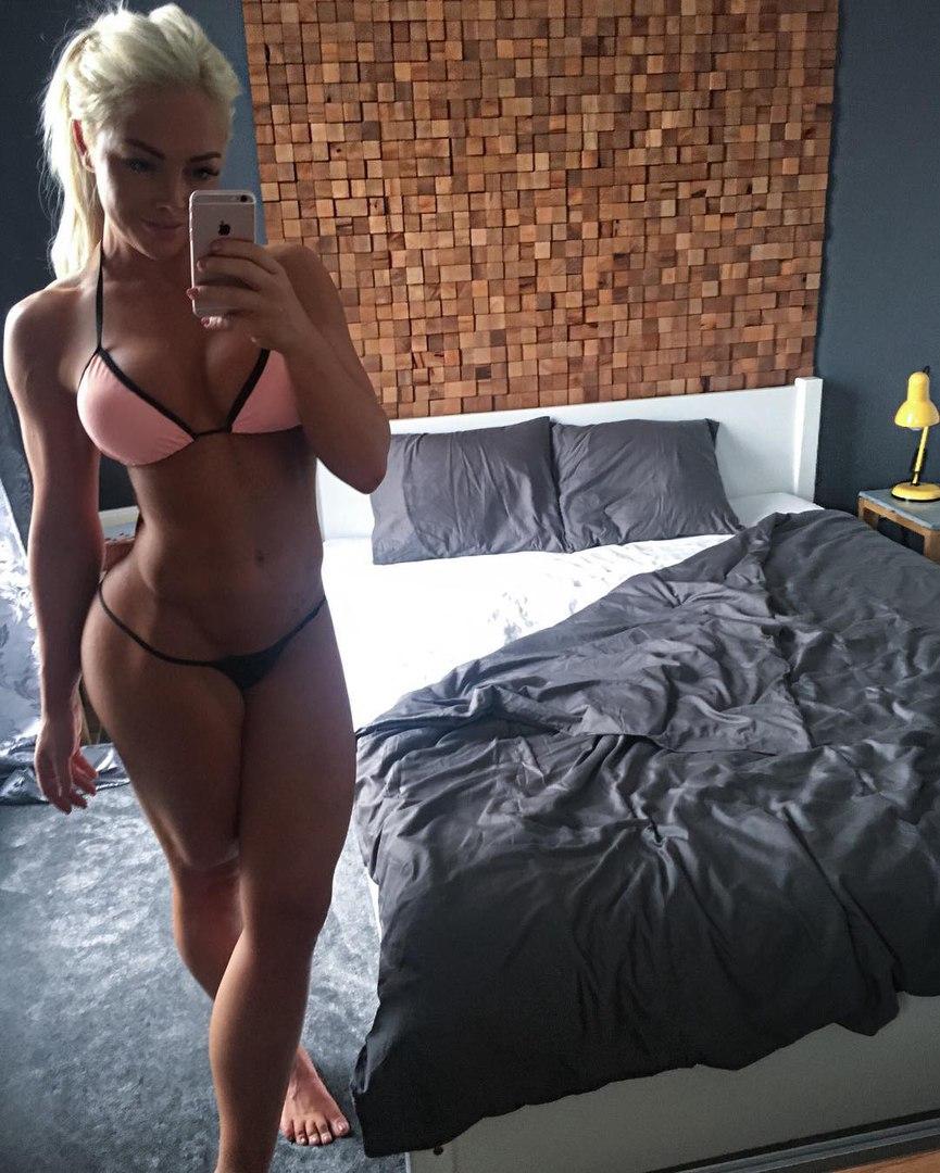 Bare naked women videos
