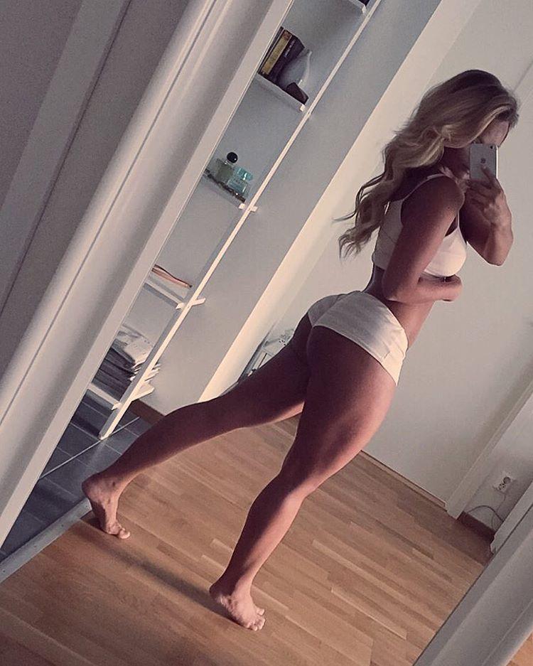 Sexy mom saugende big cock und Schluck