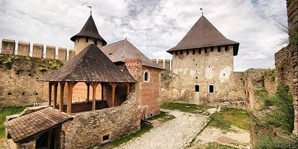 Замковое кольцо Тернопольщины