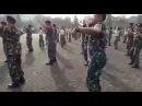Танец солдат военно - морских сил Индонезии (оригинал) Music:Nyong Franco - Gemu fa mi re