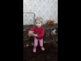 Меня не качает, это я так танцую))