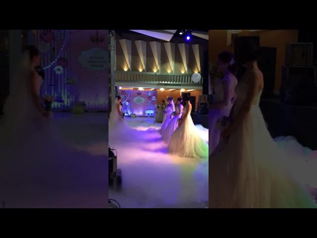 Дефиле от Свадебного салона Regina на свадебной выставке Kursk Wedding Expo 2017