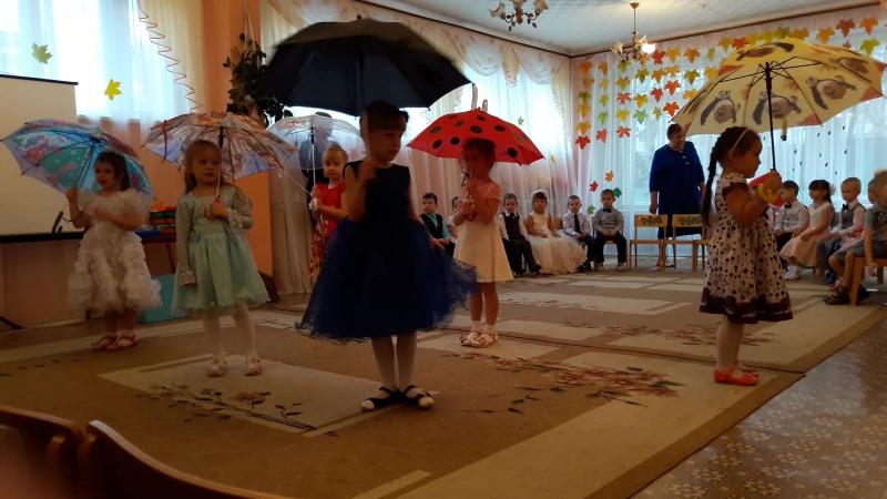 Варя танцует 20161027_095309