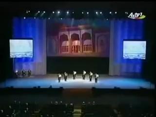 Ильхам Алиев и Владимир Путин слушают «Qarabağ şikəstəsi»