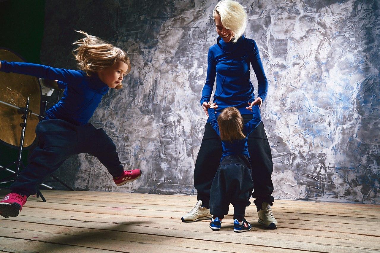 Детский фотограф VLADBATIN #vladbatin #moda #beuty #style #КрасивыеДевушки #красивыелюди  #дизайнерскаяодежда #одежданазаказ #sashkina_x#familystyle#everydaystyle#stylishmom#familylook#водолазка#класснаявещь#надобрать#мамаидочка#мамаисын#фотосессия#детскиймир#праздник