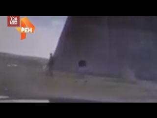 Падение пирамиды на Новорижском шоссе