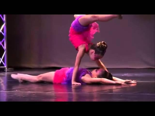 Dance Mom Duo Mackenzie y Asia