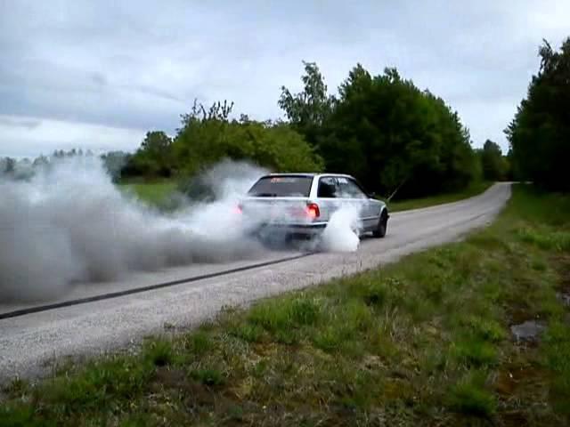 Bmw 525 TDS Turbodiesel Burn Out Evry Mod