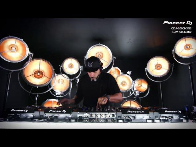 Тест CDJ - 2000NXS2 DJM - 900NXS2 от Roger Sanchez
