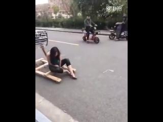 Наши китайские друзья отлично проводят свое время