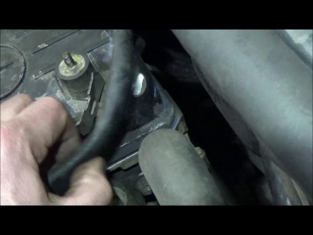 Mercedes-Benz W124   Клапанная крышка на М102
