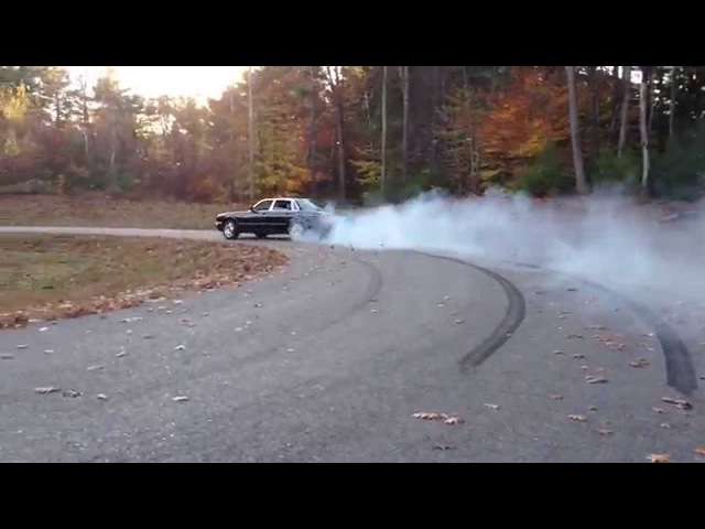 '97 Jag XJR burns a little rubber