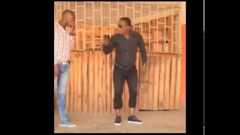 Зажигательный танец двух латинос