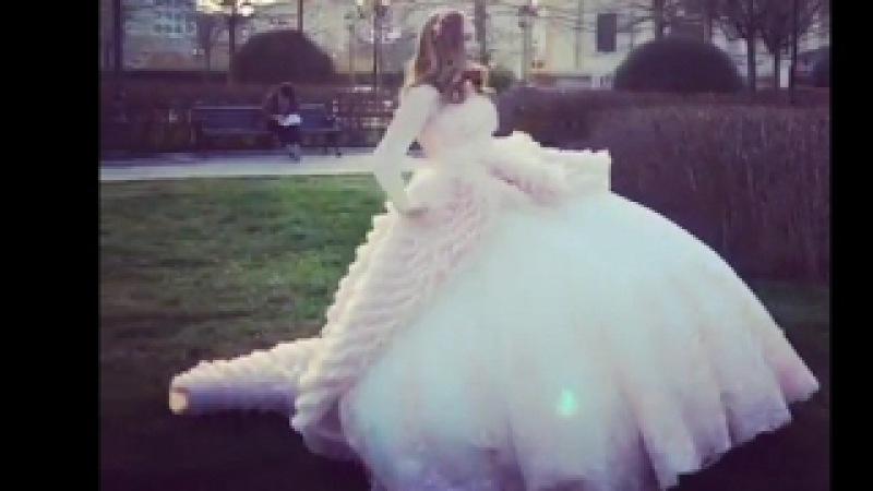 Падающая невеста модель Чуть юмора в ленту автор извини 😂