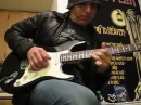 Joe Satriani: Great talent although playing a cheap chinese gear