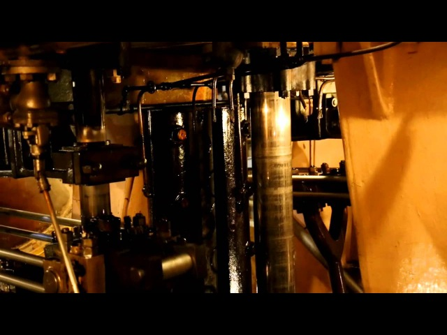 Hot and running... Triple expansion steam engine - SS Jeremiah O'Brien