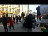 Пара минут видео с акции протеста против избрания Трампа в Праге.