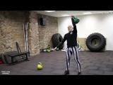 225-Как с помощью гири прокачать все тело! Упражнение на все группы мышц