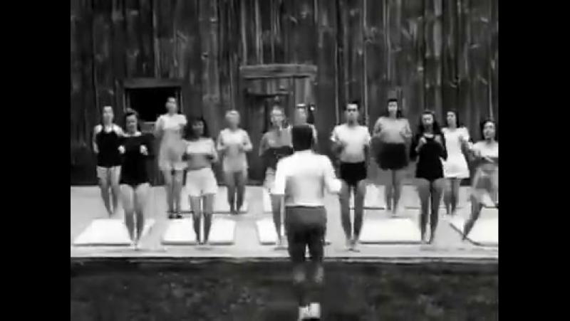 Йозеф Пилатес - немецко-американский спортивный специалист, изобретатель методики фитнеса, получившей его имя: пилатес.