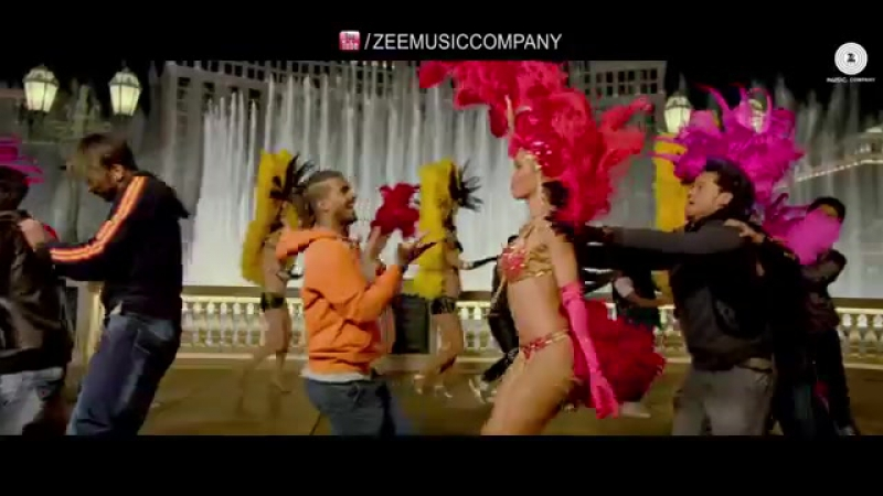 Naach Meri Jaan Full Video _ Disney's ABCD 2 _ Varun Dhawan Shraddha Kapoor _ .mp4
