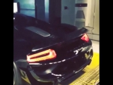 Spitting Flames on the dyno   Porsche 918 Spyder Weissach Package