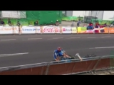 UNREAL FINISH! - LEADERS CRASH 10 METERS IN FRONT OF FINISH