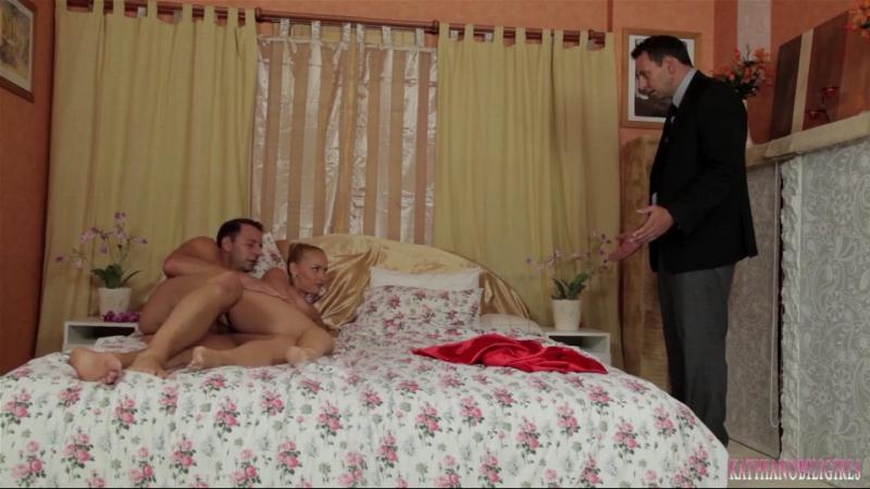 романтическая история, показать русский момент где жена застукивает неверного мужа с поличным видео онлайн города садома