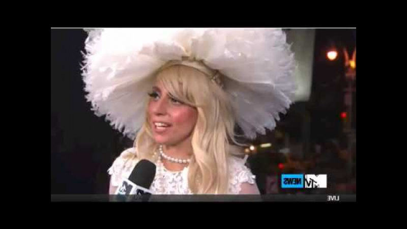 Lady Gaga MTV interview 2011 ( PART 1 )