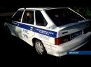 Полицейские ездили по тротуарам на патрульном автомобиле в парке в Нижнем Тагиле