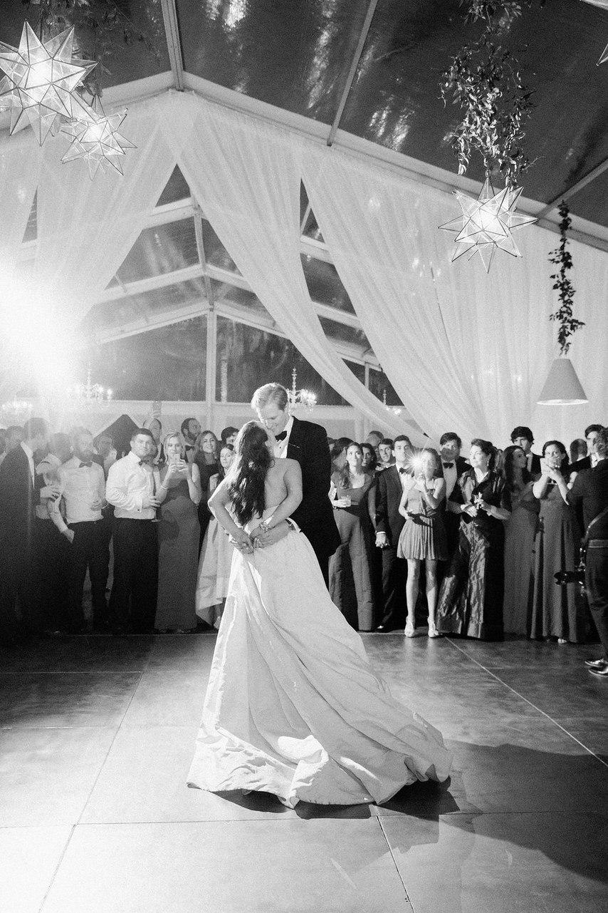 Безмятежность и созерцание - история знакомства влюбленных в формате сайта свадебного ведущего Волгограда, тамады на юбилей и корпоратив, Павла Июльского. Заказать проведение свадьбы, написание сценария можно по тел: +7 (937) 727-25-75(Megafon) +7 (937) 555-20-20(Beeline) +7 (937) 540-60-80(MTS)