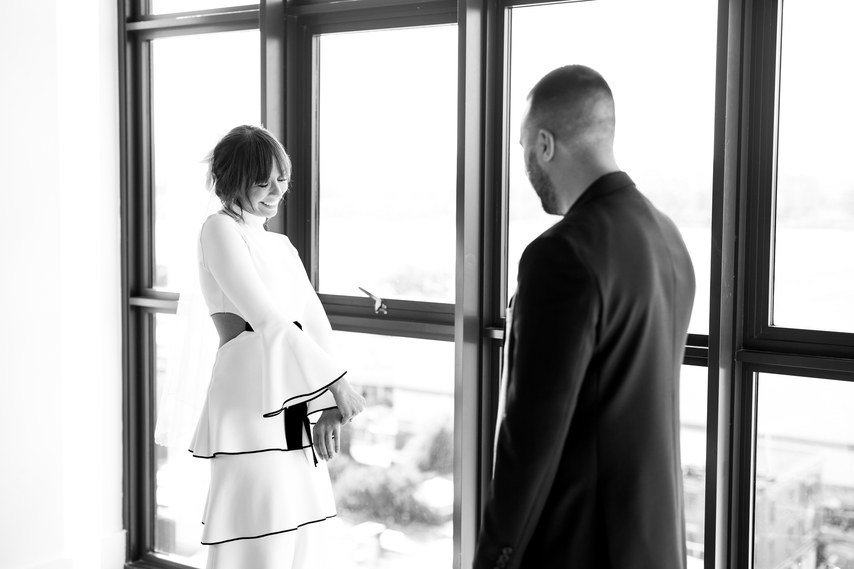 Свадьба и незабываемые эмоции гостей – фотоистория свадьбы в формате сайта свадебного ведущего Волгограда, тамады на юбилей и корпоратив, Павла Июльского. Заказать проведение свадьбы, написание сценария можно по тел: +7 (937) 727-25-75(Megafon) +7 (937) 555-20-20(Beeline) +7 (937) 540-60-80(MTS)