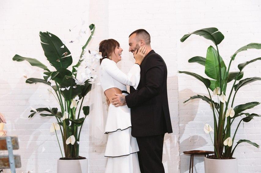Свадьба и незабываемые эмоции гостей – фотоистория свадьбы в формате сайта свадебного ведущего Волгограда, тамады на юбилей и корпоратив, Павла Июльского. Заказать проведение свадьбы, написание сценария можно по тел:  +7 (937) 555-20-20   +7 (937) 727-25-75  +7 (937) 540-60-80
