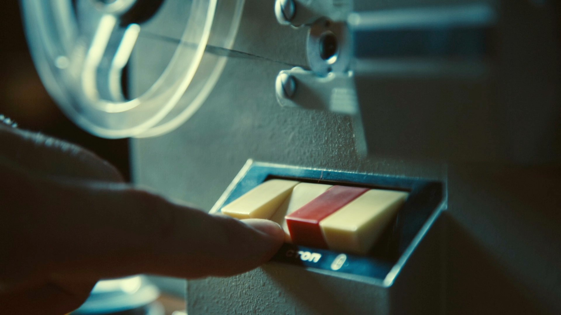 Film Projector Intro (Retro) After Effects Templates   F5