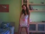 красивая девушка как же она красиво танцует )))))