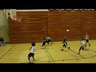 Покажите это ребенку и он влюбится в баскетбол!