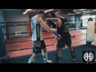 Урок 52: Раскрытие защиты в Тайском Боксе. Техника ударов руками, локтями  / ufcall