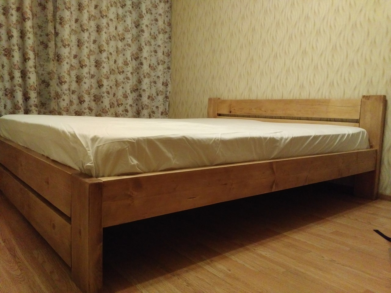 Кровать от Ярослава Руцкого из Санкт-Петербурга