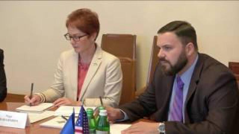 Олександр Турчинов зустрівся з Надзвичайним і Повноважним Послом США в Україні Марі Л. Йованович