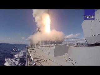 Видео ударов ракет Калибр и Оникс по объектам террористов в Сирии