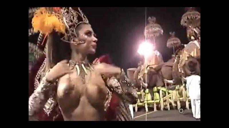Berondong Tuwa - Fashion Tour Carnival - Graciella Carvalho