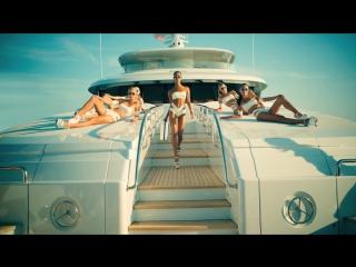 Arianna feat. Pitbull - Sexy People (Italian version)