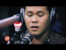 Marcelito Pomoy sings The Prayer (Celine Dion-Andrea Bocelli) LIVE on Wish 107.5 Bus