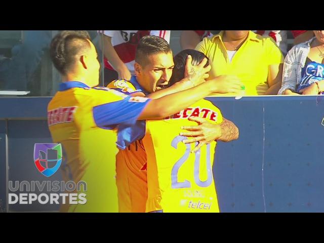 Ismael Sosa se estrenó con Tigres en duelo oficial en el Campeón de Campeones