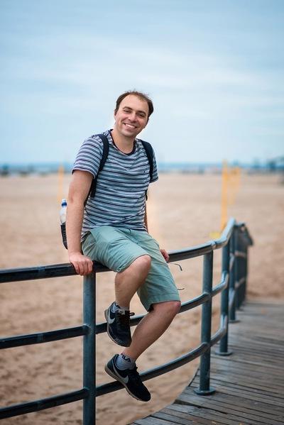 Дмитрий Борт