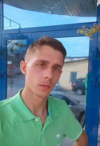Андрей Татаренков