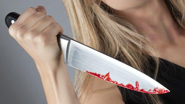 Под Таганрогом в ходе пьяной ссоры женщина ударила ножом своего сожителя