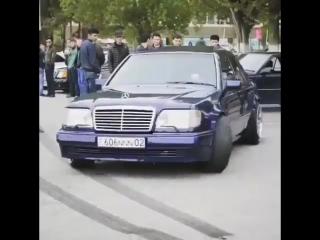 Легендарный W124 5.5