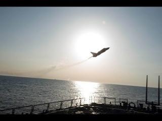 Новые кадры пролёта Су-24 над эсминцем «Дональд Кук»!