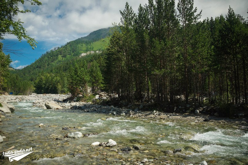 Река в Аршане