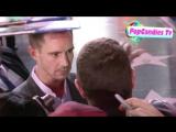Джейсон Доринг дает автографы, Veronica Mars Premiere in Hollywood